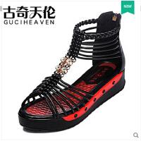 古奇天伦新品串珠平底凉鞋防水台露趾厚底时尚平跟女鞋潮8222