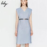 Lily2019夏新款女装洋气纯色小礼裙修身收腰V领无袖连衣裙7911