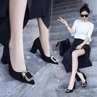 女鞋子2019春季新品韩版百搭黑色尖头方扣粗跟单鞋猫跟高跟鞋 黑色 粗跟7.5cm