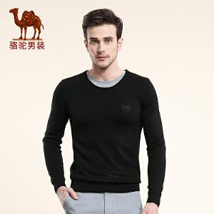 骆驼男装 春季套头修身圆领纯色拼料休闲青年长袖毛衣男