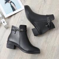 ����鞋冬季新款短靴粗跟皮鞋加�q保暖棉鞋中年人女靴子中老年女
