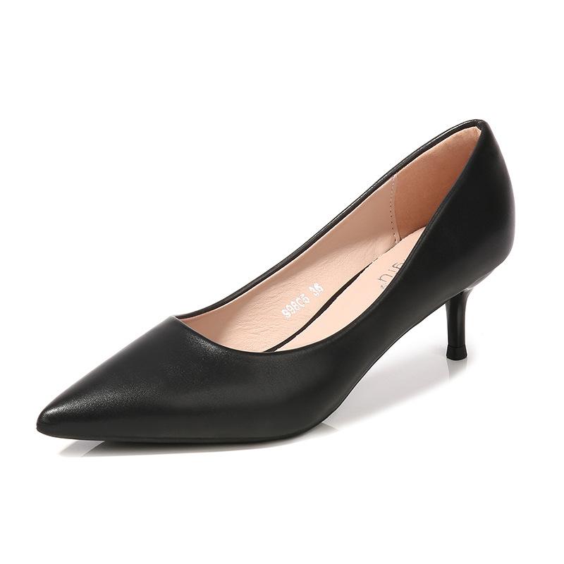 厂家直销2019上新尖头浅口经典羊纹多色真皮细跟高跟单鞋女