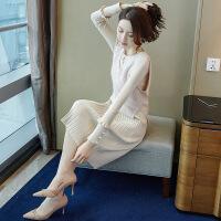 2019新款针织连衣裙女秋冬季新款港味气质通勤马甲毛衣配裙子两件套装 杏色