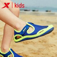 特步童鞋男女小童沙滩凉鞋夏季宝宝凉鞋软底防滑儿童沙滩鞋682216509692