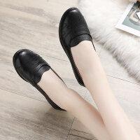 中年单鞋舒适防滑老鞋秋季妈妈鞋真皮软底奶奶平底中老年女鞋
