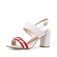 【 限时4折】哈森 时尚中跟羊皮织带拼色清新简约珍珠 露趾粗跟凉鞋 HM81457