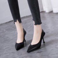 小跟舒适工作鞋2019新款韩版百搭时尚性感漆皮尖头浅口单鞋高跟鞋
