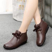 妈妈鞋棉鞋软底保暖加绒老人皮鞋女中老年人女鞋平底短靴
