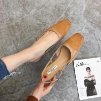 包头凉鞋女夏新款女鞋夏季高跟鞋女粗跟方头中跟复古罗马凉鞋