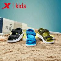 特步童鞋新品男童海边户外沙滩鞋小童宝宝儿童沙滩鞋潮流681216509236