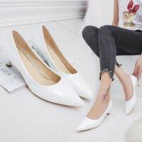白色优雅高跟鞋女低跟3cm猫跟百搭工作皮鞋尖头职场单鞋ol正装鞋