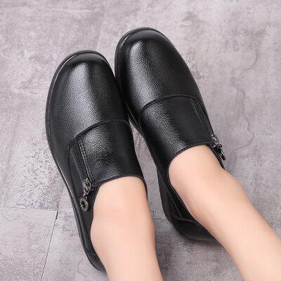妈妈鞋中老年单鞋女休闲鞋中跟女鞋坡跟大码圆头中年女士皮鞋春秋