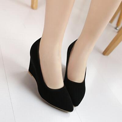 大码女鞋2018秋新款高跟鞋百搭磨砂尖头坡跟单鞋女黑色工作鞋子