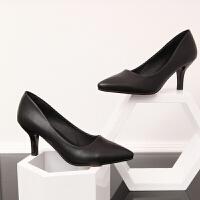 春秋夏天新款单根5-6厘米单鞋女中跟细跟红色婚鞋尖头小皮鞋
