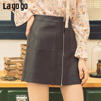【清仓5折价131】lagogo2019春新款短裙复古港味a字半身裙纯色小皮裙女IABB131C43