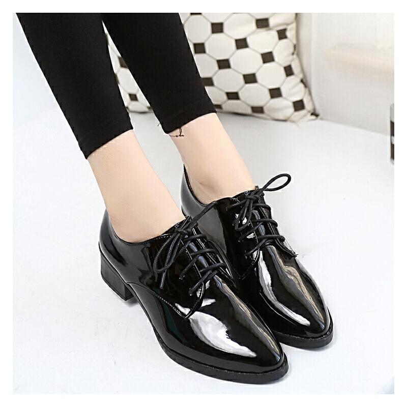 中跟英伦布洛克鞋女低跟三厘米尖头皮鞋透气学生高跟鞋单鞋细带女