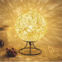 台灯卧室床头灯创意可调光浪漫生日礼物小夜灯温馨麻球灯藤球灯