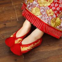 千层底绣花鞋流苏女鞋中式秀禾鞋2018新娘婚鞋红色布鞋龙凤鞋结婚