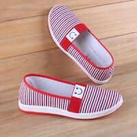 布鞋女平软底新款女士老北京布鞋中老年人妈妈休闲鞋一脚蹬防滑