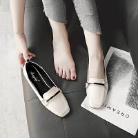 平底鞋女春秋2018新款英伦风小皮鞋平跟单鞋女鞋大码豆豆鞋41-43