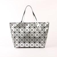 新款几何菱格包三角亮片菱形女包镭射折叠包单肩手提包大包包