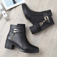 ����棉鞋冬季2019新款短靴中老年人加�q保暖�底滑皮鞋中年女鞋