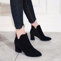 马丁靴女2018新款英伦磨砂尖头粗跟中跟5厘米显瘦短靴学生潮性感
