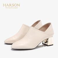 【 限时4折】哈森2019秋季新款软面羊皮圆头单鞋 简约正装纯色粗跟皮鞋HL97158