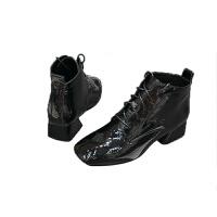 皮靴子女2019秋冬新款女士加绒时尚马丁靴方头粗跟系带低筒皮靴女