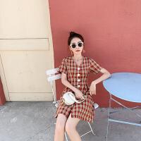 卡贝琳女2019流行裙子小香风v领连衣裙收腰法式超仙复古气质红色格子裙女夏季新款