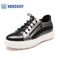 红蜻蜓旗下品牌 HONCHIEF 秋季新品系带男士厚底休闲运动男板鞋