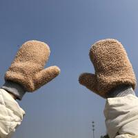 手套女冬季新款加厚保暖加绒可爱羊羔绒挂脖包指男骑车防风
