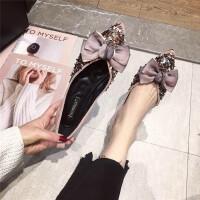 单鞋女2019春季新款尖头浅口软底绒面平底单鞋大蝴蝶结闪亮片女鞋