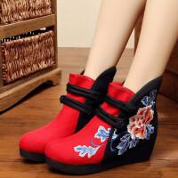 老北京布鞋女绣花鞋2018新款民族风内增高女士布鞋单靴休闲短靴子