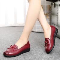 妈妈鞋软底平底老人中老年人皮鞋女中年女鞋奶奶单鞋