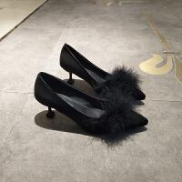 中跟韩版百搭女鞋秋冬季带毛毛高跟鞋细跟尖头猫跟鞋浅口保暖绒面