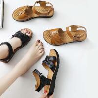 妈妈鞋软底平底中老年人女鞋子夏季新款中年奶奶舒适凉鞋
