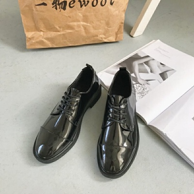 2019冬季新款英伦风平底复古学院风单鞋女圆头系带黑色加棉小皮鞋