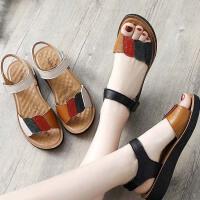 妈妈鞋凉鞋夏季真皮软底舒适奶奶老人平底中年中老年人女鞋子