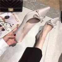 单鞋女2019春季新款时尚尖头浅口细跟中跟女鞋蝴蝶结百搭优雅女鞋