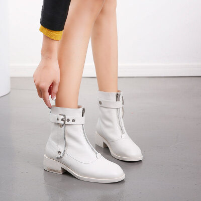 网红同款2019新款秋冬前拉链短靴女低跟中跟韩版百搭真皮马丁靴女