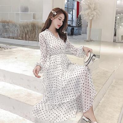 复古波点雪纺很仙的法国小众连衣裙沙滩长裙超仙女chic温柔韩版女 一般在付款后3-90天左右发货,具体发货时间请以与客服协商的时间为准