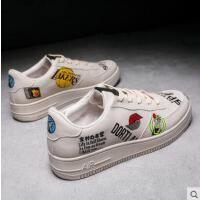 新款户外新品网红同款潮鞋韩版潮流男士运动休闲鞋百搭小白鞋学生帆布板鞋