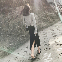 晚秋心机港味洋气女神范网红显瘦气质毛衣加裙子两件套装女秋冬装 灰色上衣+黑色半身裙