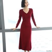 秋冬新款中长款v领羊绒衫女套头毛衣修身打底针织连衣裙羊绒裙子