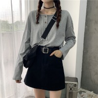 打底衫女2020韩版新款简约单排扣宽松小个子短款内搭长袖T恤圆领