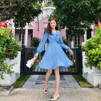 卡贝琳女2019新款法式复古波点连衣裙女秋V领裙子设计感超仙法国小众天蓝色雪纺裙