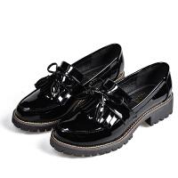 小皮鞋女粗跟中跟圆头流苏黑色漆皮学院风乐福鞋一脚蹬英伦风女鞋