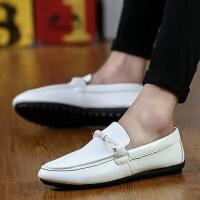 2019春季新款男士豆豆鞋白色休闲皮鞋驾车潮鞋男鞋