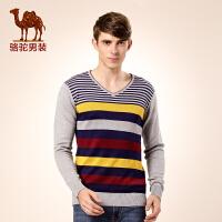 骆驼男装 新款弹力柔软撞色条纹毛衣 时尚V领套头休闲毛衣